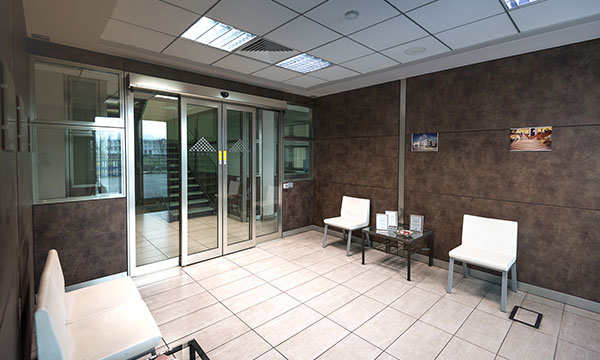 Entrata dell'ufficio Teken